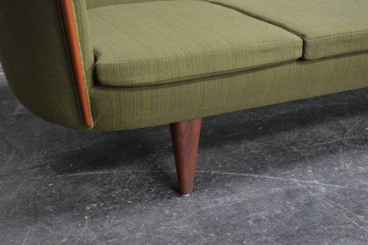 Exquisite Rare Mid-Century Barrel Back Sofa For Sale 2