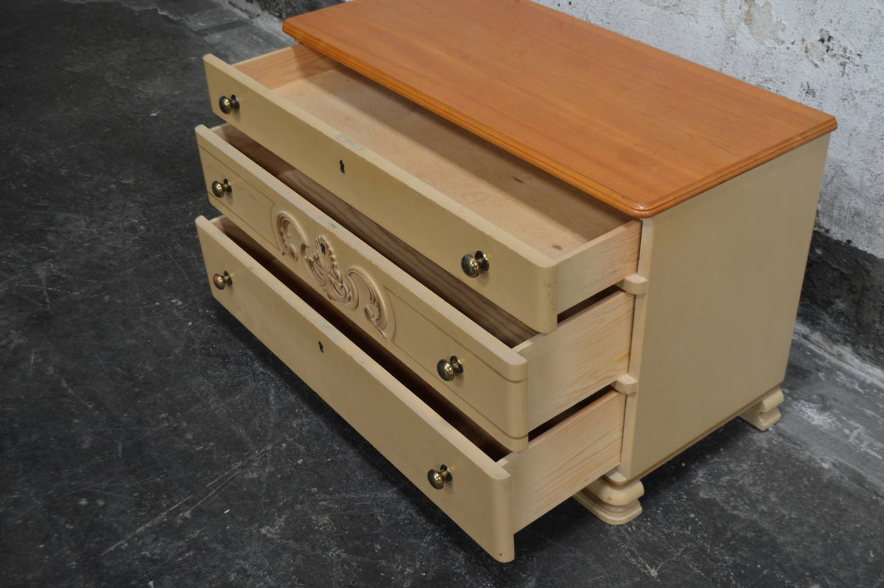 Mid-20th Century Swedish Art Deco Painted Chest of Drawers For Sale
