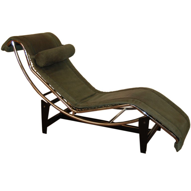 Sale le corbusier lc4 green leather chaise longue at 1stdibs for Chaise longue le corbusier vache