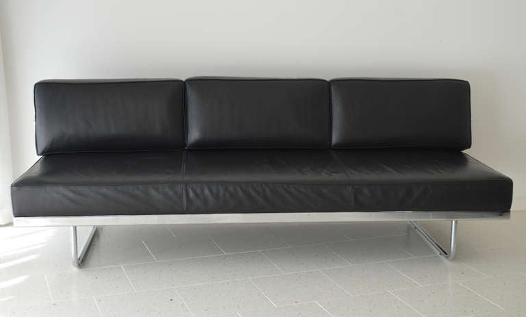 le corbusier sofa bed le corbusier lc5 f sofa cina reissue highsiety thesofa. Black Bedroom Furniture Sets. Home Design Ideas