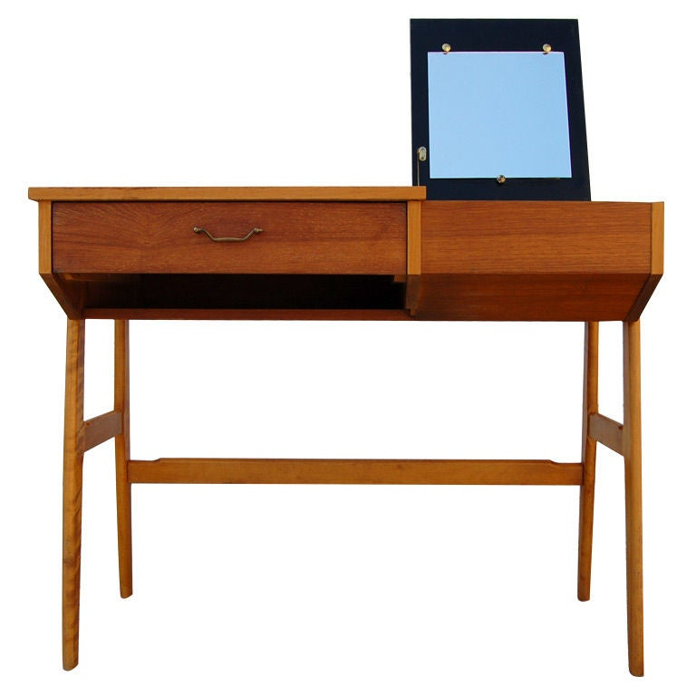 Xxx 8574 1315269737 for Modern vanity table with mirror and bench