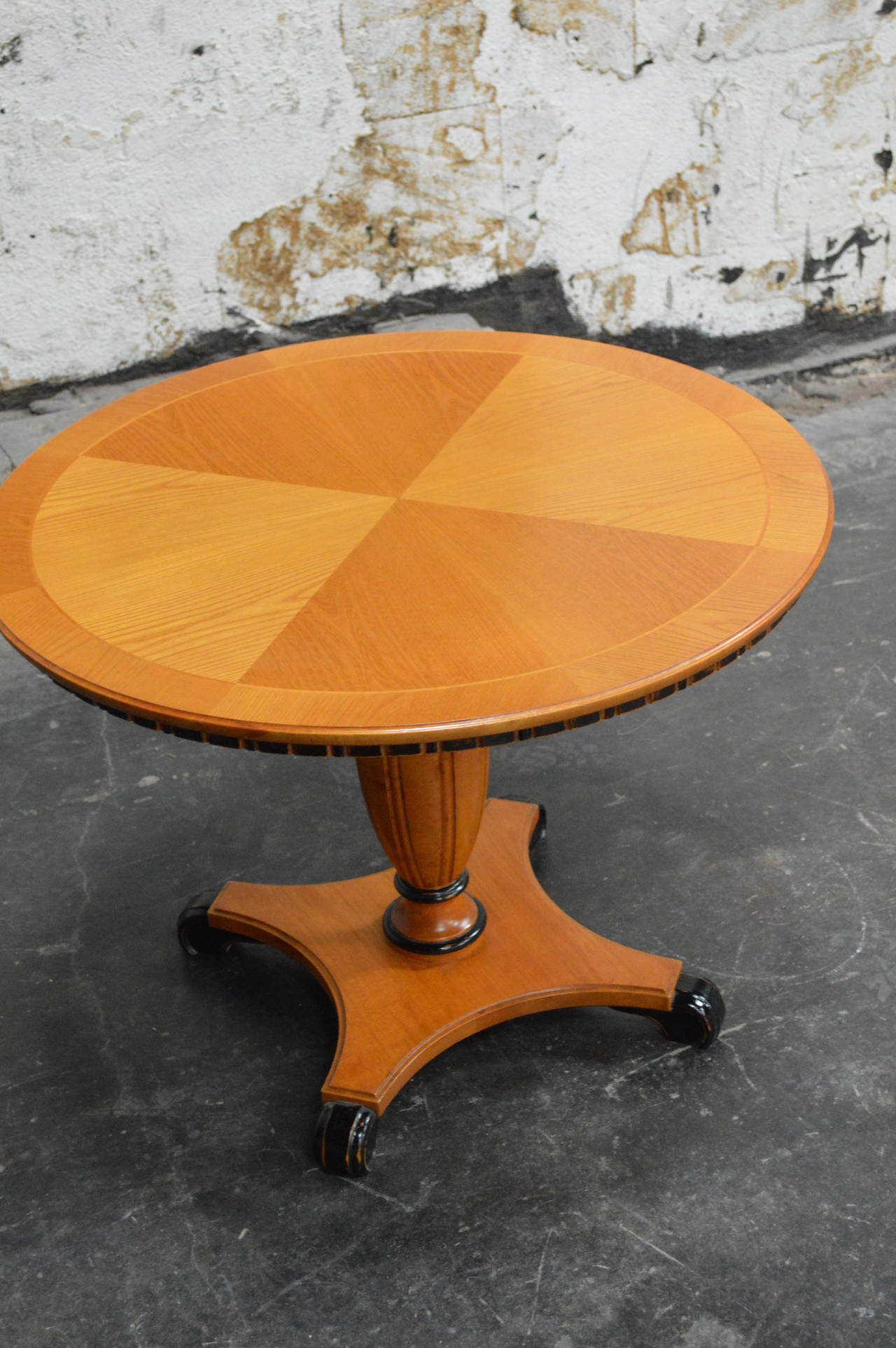 Swedish Art Deco Round Golden Elm Pedestal End or Side Table In Excellent Condition For Sale In Atlanta, GA