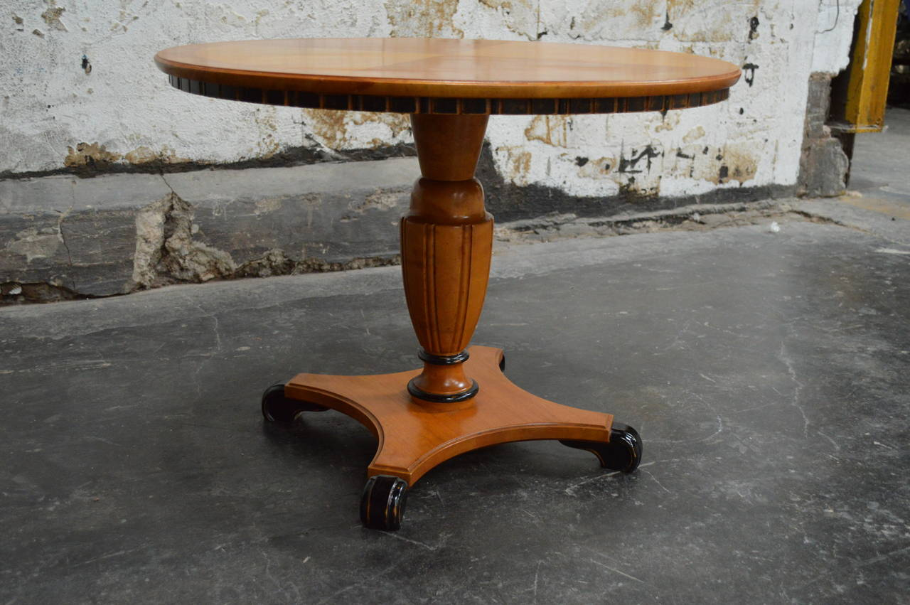 Mid-20th Century Swedish Art Deco Round Golden Elm Pedestal End or Side Table For Sale