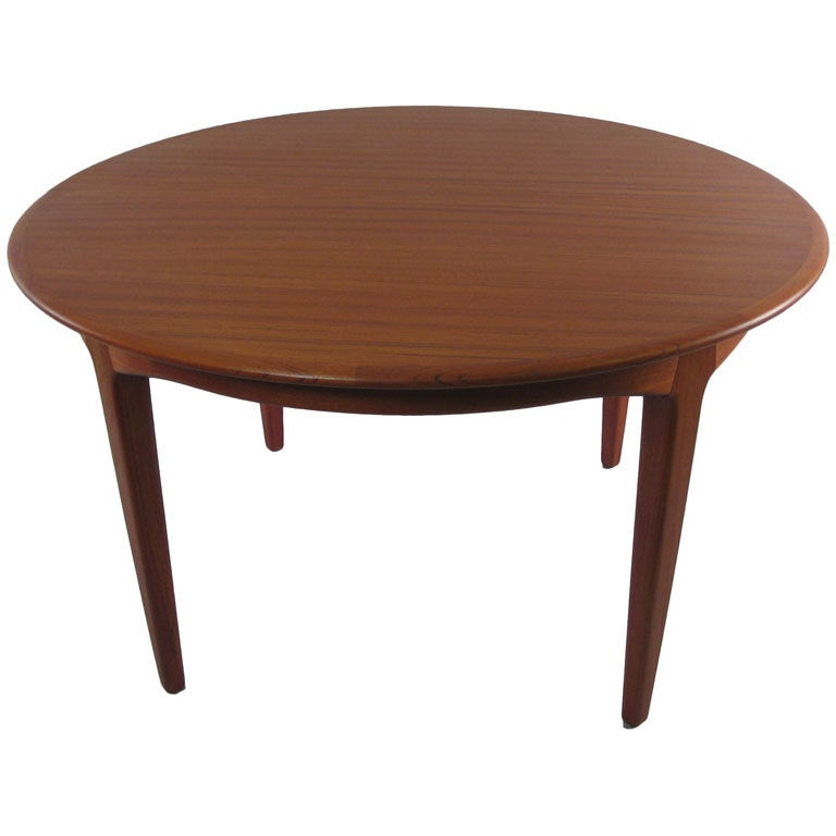 Danish modern round teak extension dining table by soro for Round extension dining table