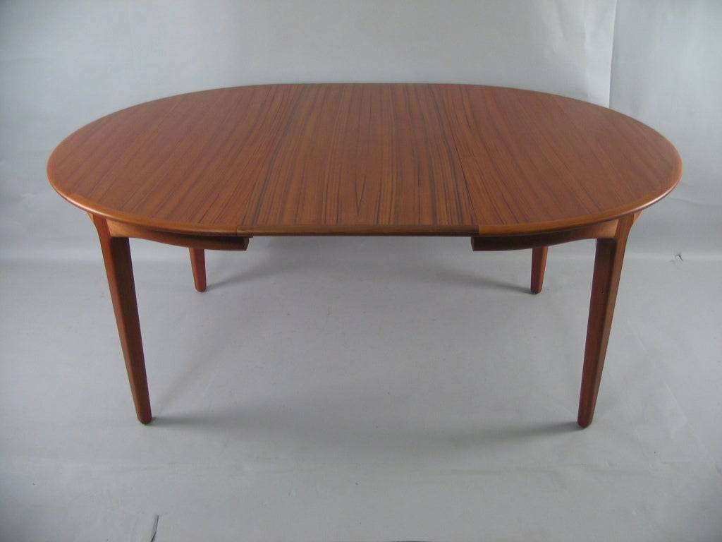 Danish modern round teak extension dining table by soro for Extension dining table