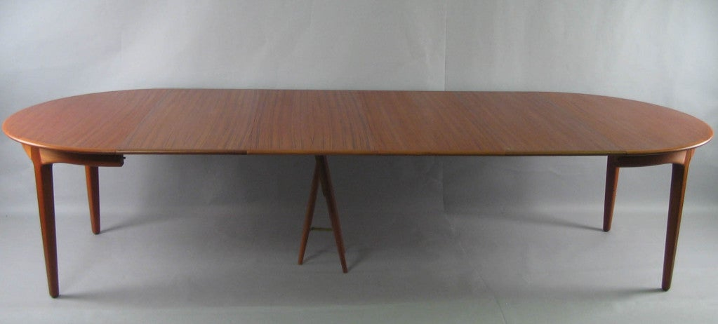 Danish Modern Round Teak Extension Dining Table by Soro Stole 6