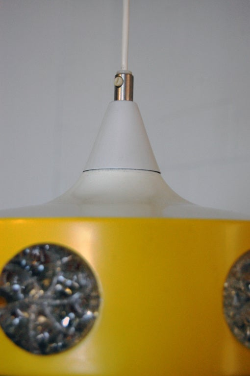 Sunny yellow enamel coated finish featuring glass medallions. Newly rewired to US standards. New 6 foot white cord.