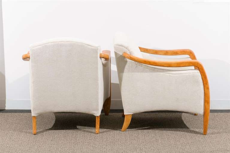 Jaw-Dropping Restored Pair of Modern Club Chairs 5