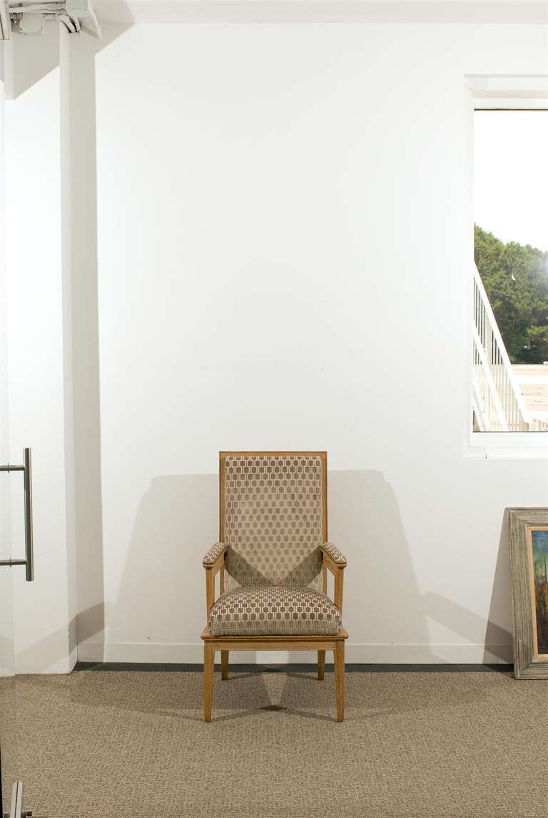 Mid-Century Modern Pair of 1940s Style Armchairs For Sale