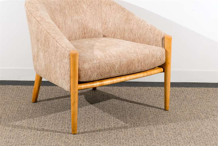Unknown Outstanding Pair of Ward Bennett Style Lounge Chairs in Maple, circa 1975 For Sale