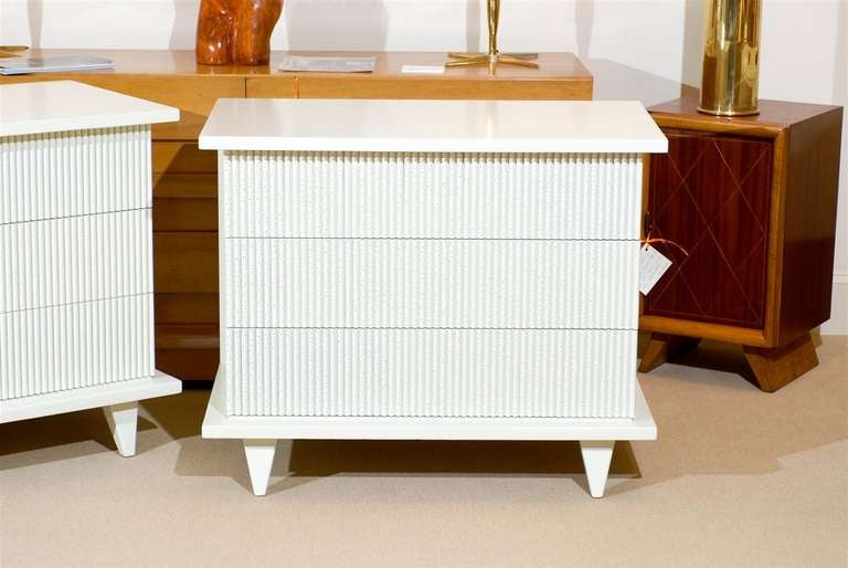 Mid-20th Century Exceptional Restored Pair of Modern Chests by American of Martinsville For Sale