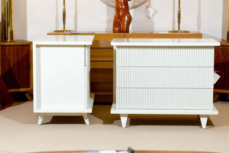 Exceptional Restored Pair of Modern Chests by American of Martinsville For Sale 1