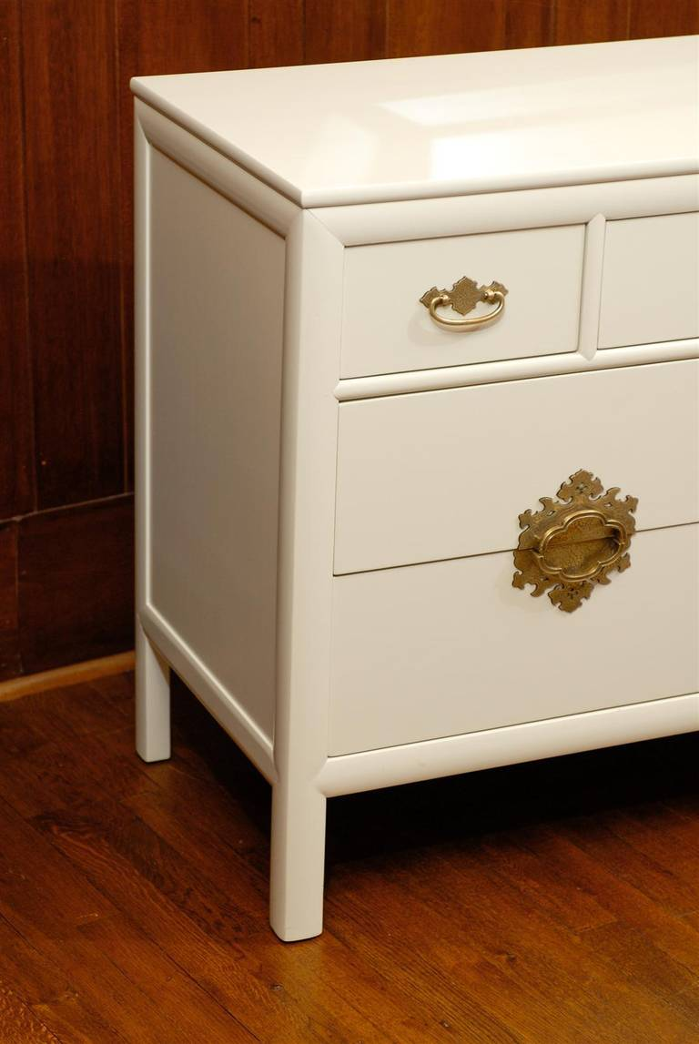 Gorgeous Restored Ten-Drawer Chest by Ray Sabota for Century Furniture  In Excellent Condition For Sale In Atlanta, GA