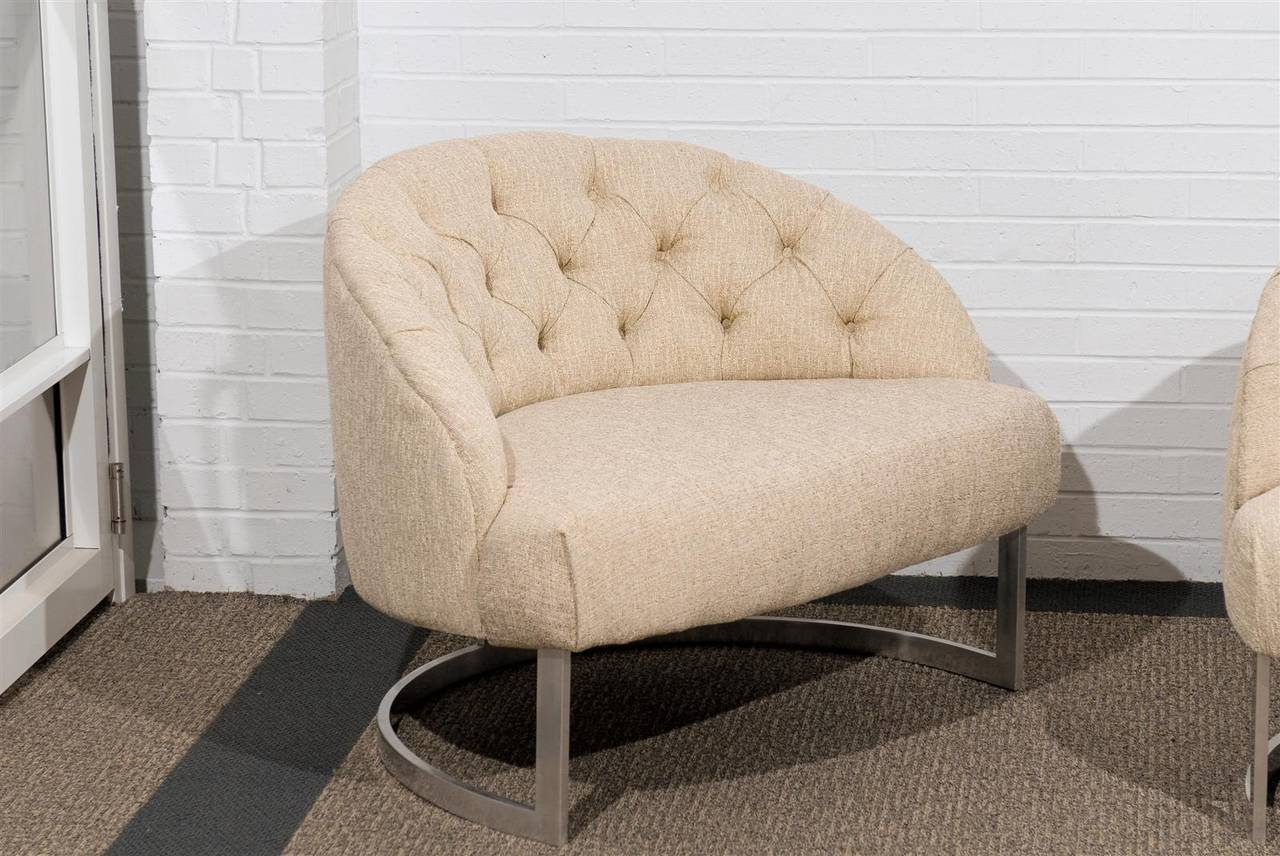 Pair of Overscale Tufted Lounge Chairs in the Style of Harvey Probber In Excellent Condition For Sale In Atlanta, GA