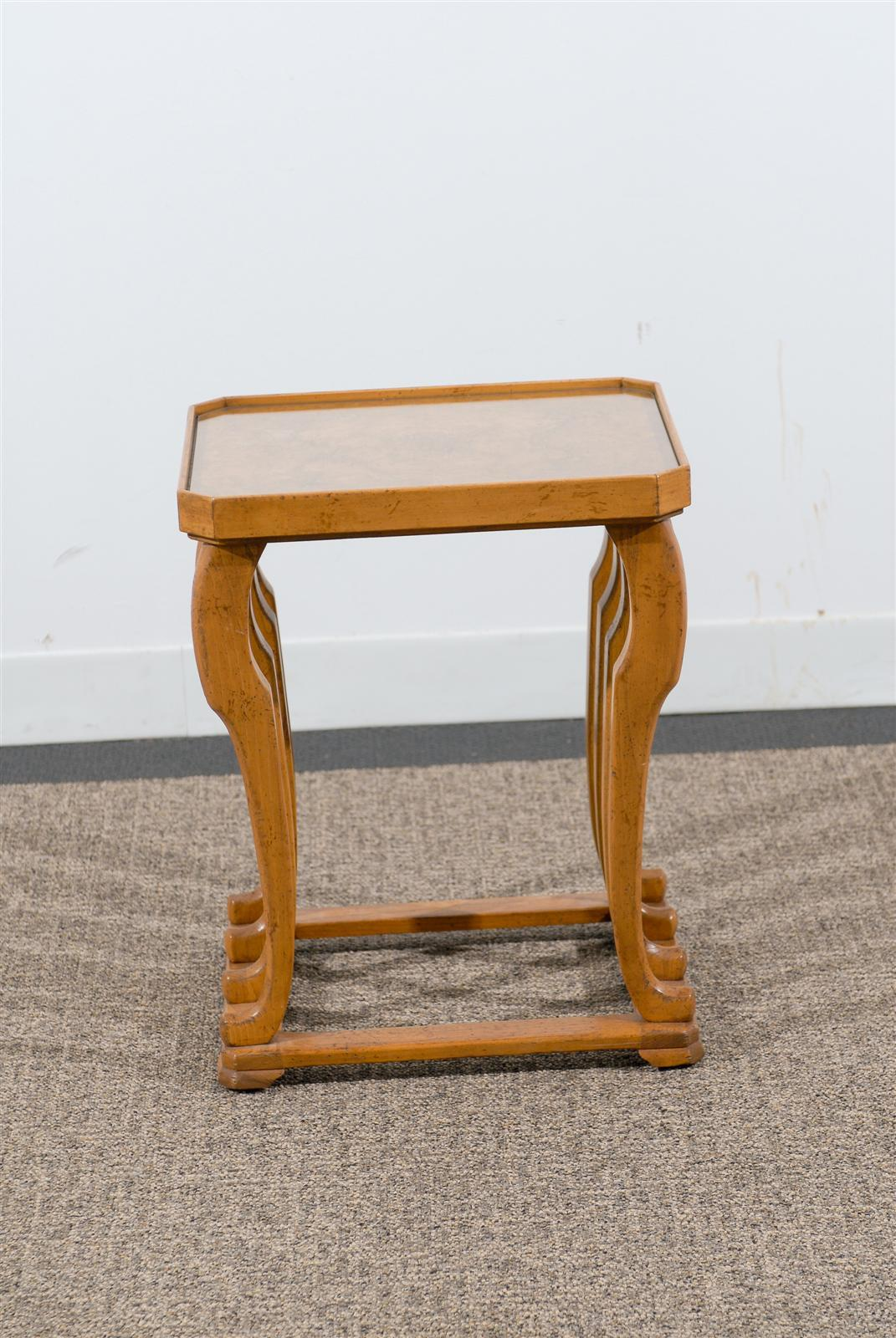 Vintage side table made by baker furniture at 1stdibs for Baker furniture