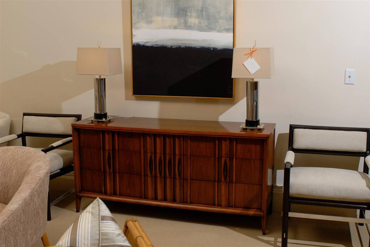 Mid-Century Modern Splendid Modern Nine-Drawer Chest in Walnut For Sale