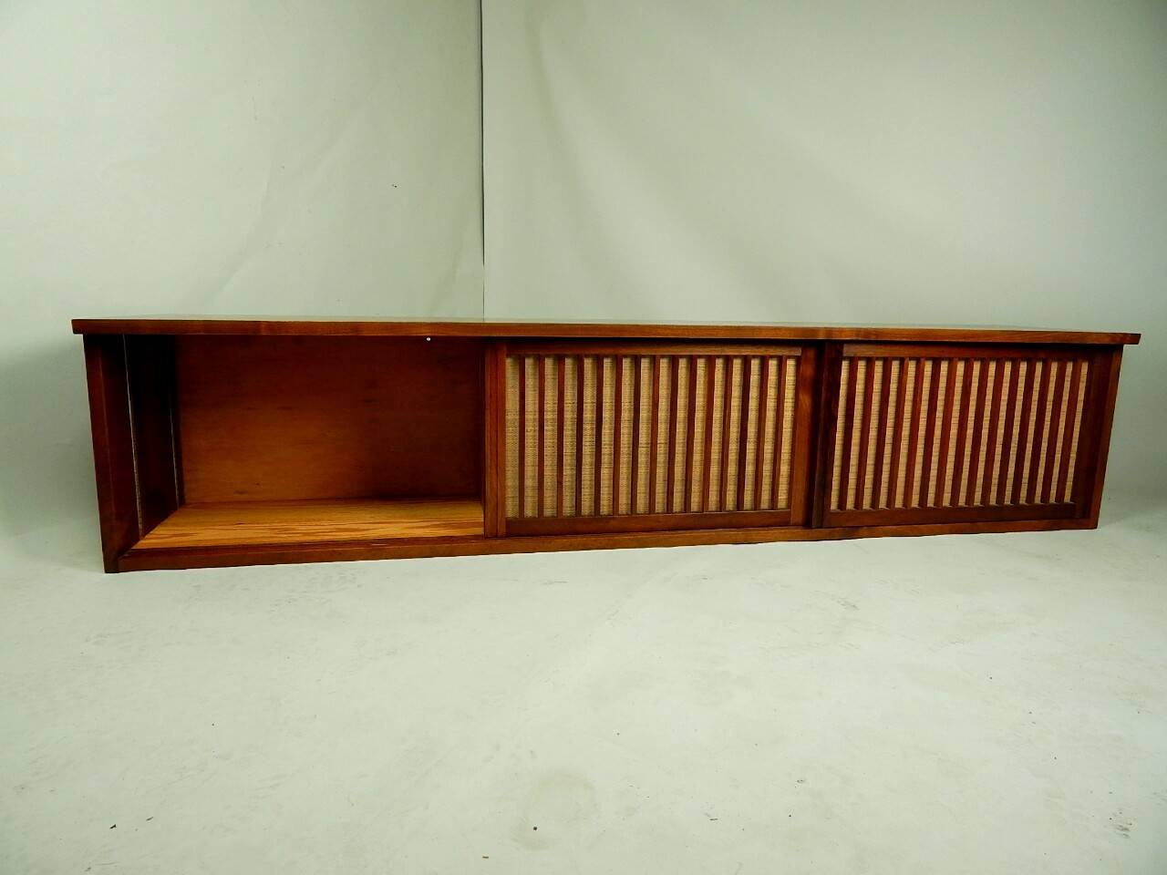 20th Century Walnut Wall Cabinet by George Nakashima For Sale 2