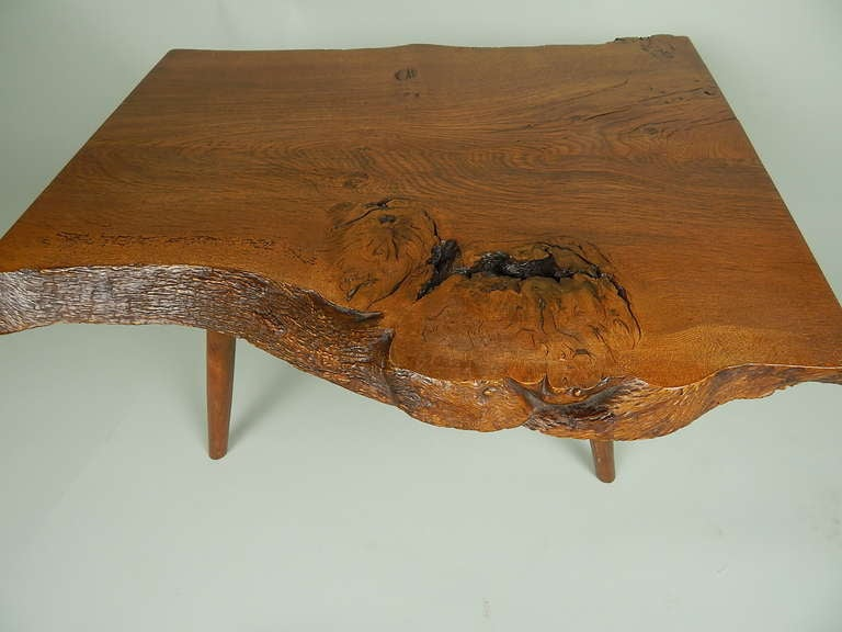Walnut Coffee Table by George Nakashima In Excellent Condition For Sale In Sea Cliff, NY