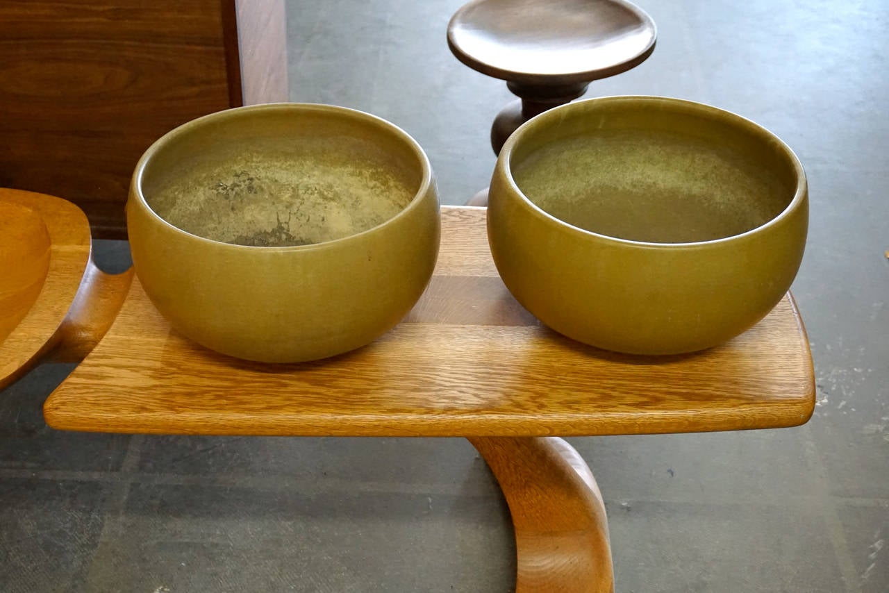 Pair of architectural pottery planters by john follis at 1stdibs for Olive garden manhattan beach ca