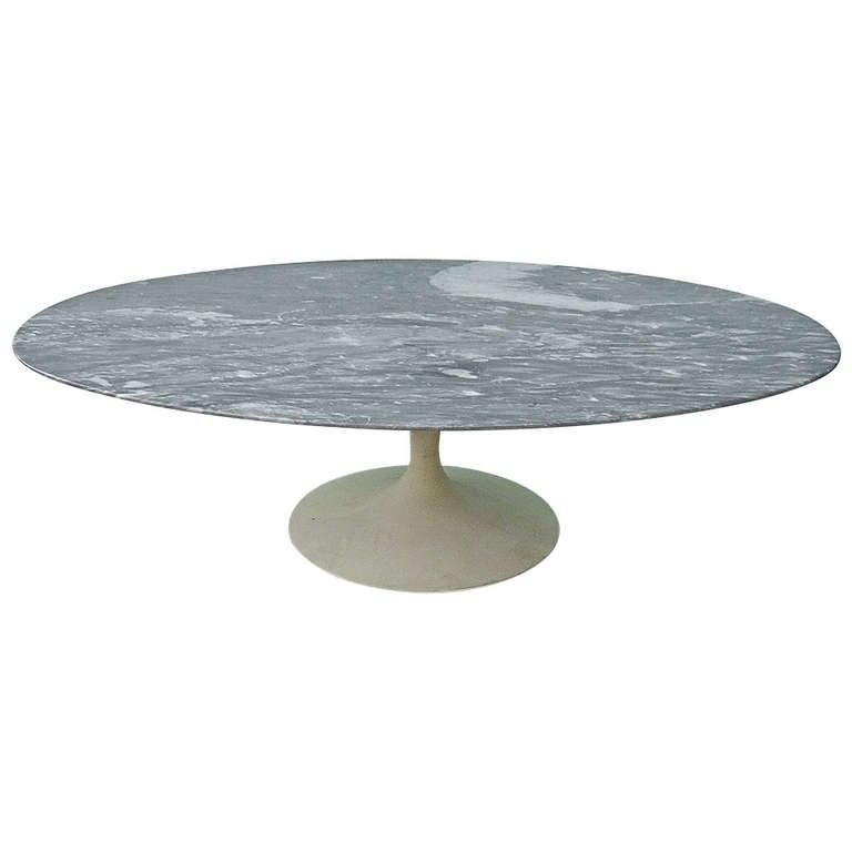 Saarinen Marble Coffee Table 1