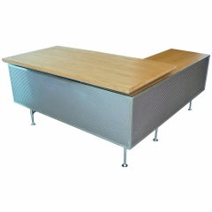 Kaiser Aluminum Co. Executive Desk