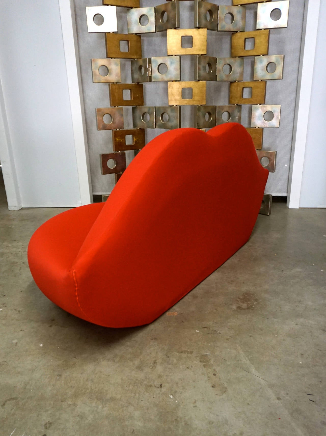 lip shaped sofa Centerfieldbarcom