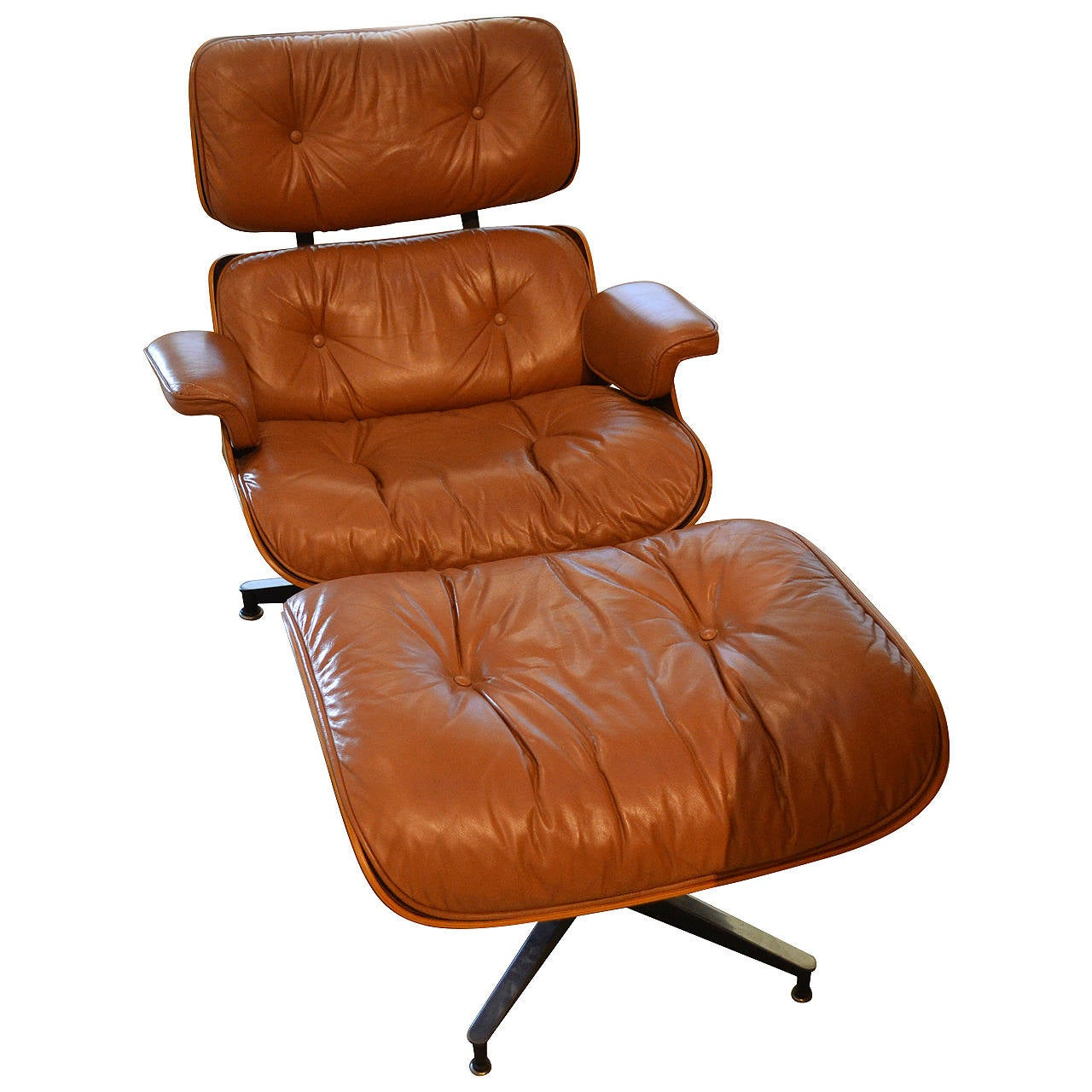 vintage eames lounge chair and ottoman by herman miller at 1stdibs. Black Bedroom Furniture Sets. Home Design Ideas