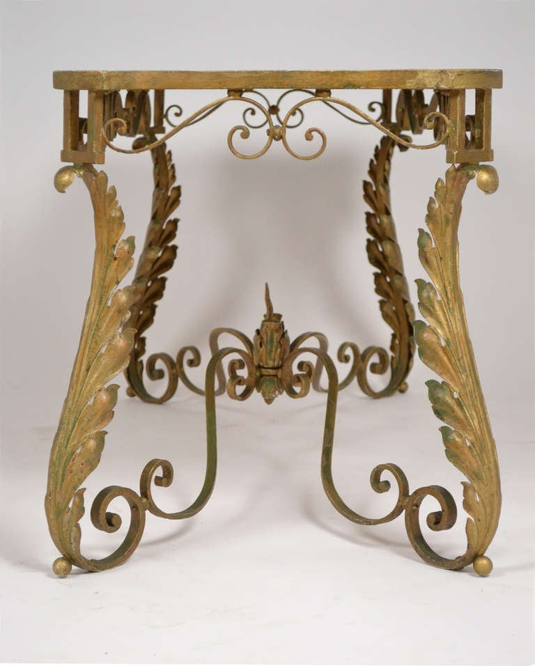 """French Coffee Table Decor: French Vintage Coffee Table With Painted Décor """"A L"""
