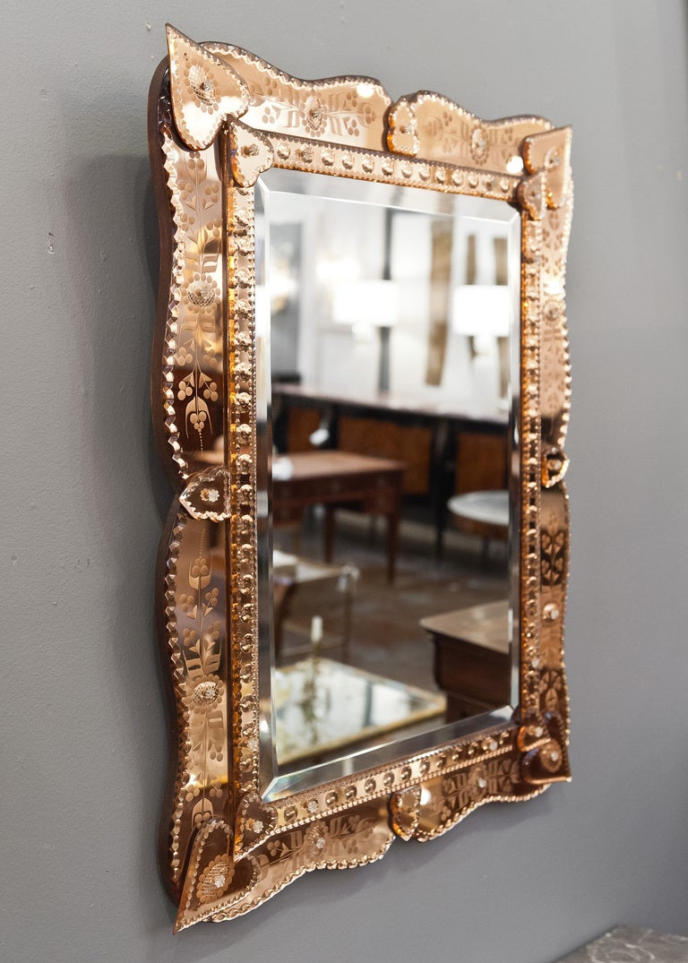 Venetian mirror with copper mirror frame at 1stdibs for Mirror with mirror border