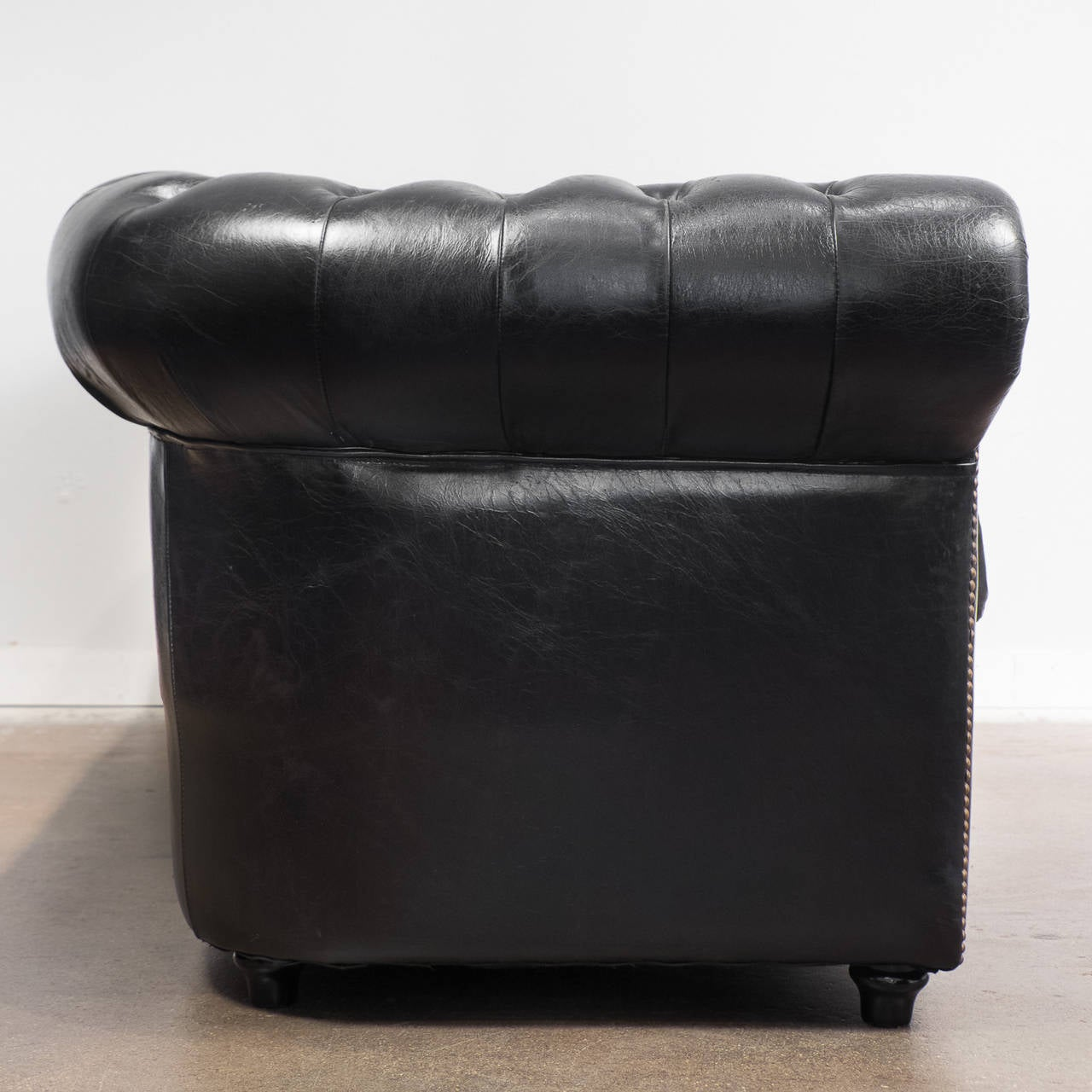 Blue leather chesterfield sofa at 1stdibs - Vintage Black Leather Chesterfield Sofa 4