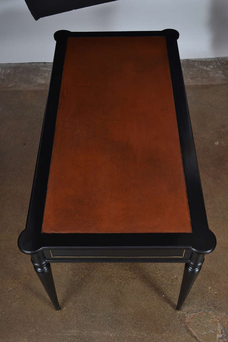grand louis xvi leather top bureau plat at 1stdibs. Black Bedroom Furniture Sets. Home Design Ideas