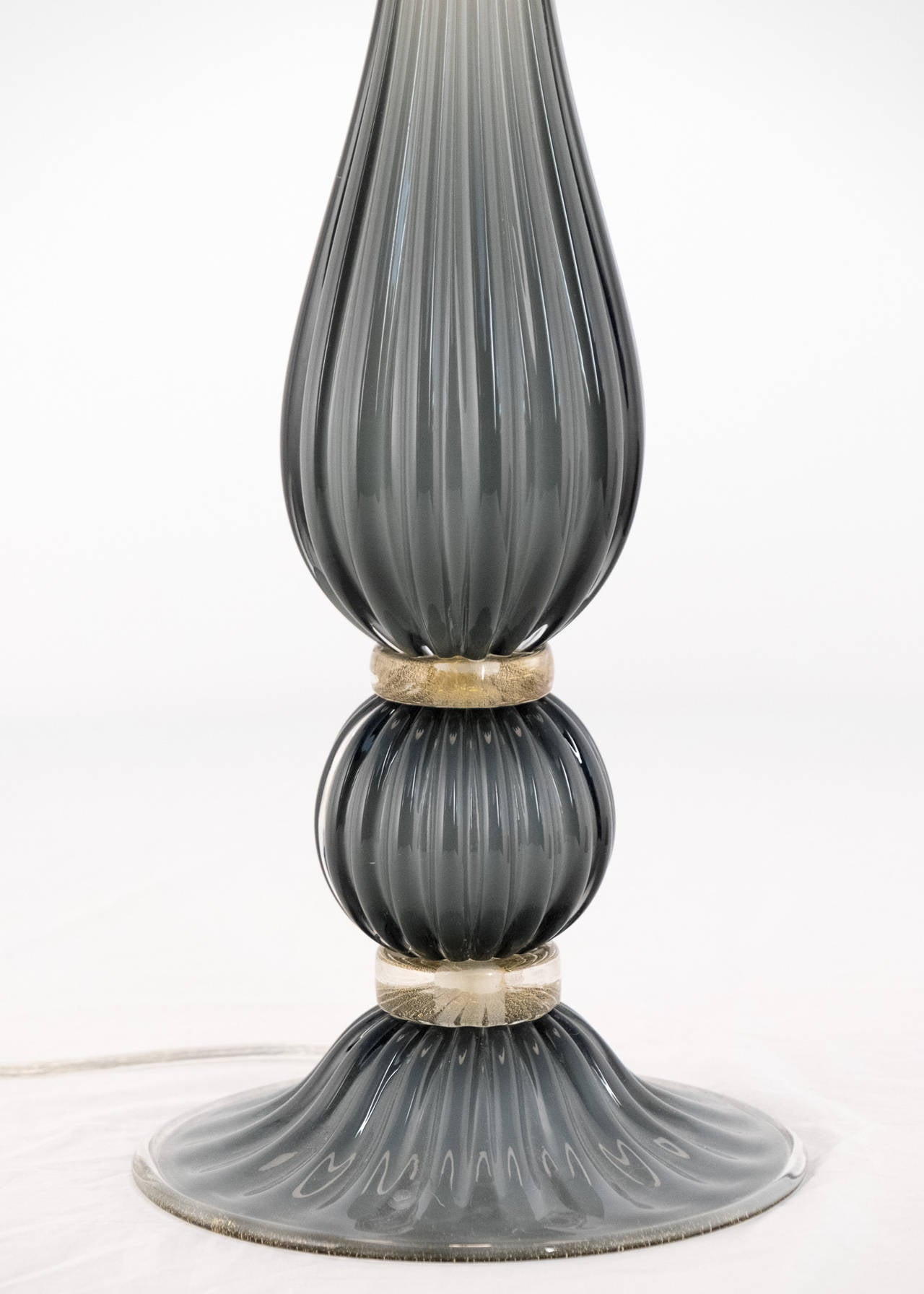 Pair of Gray Murano Glass Lamps In Excellent Condition For Sale In Austin, TX