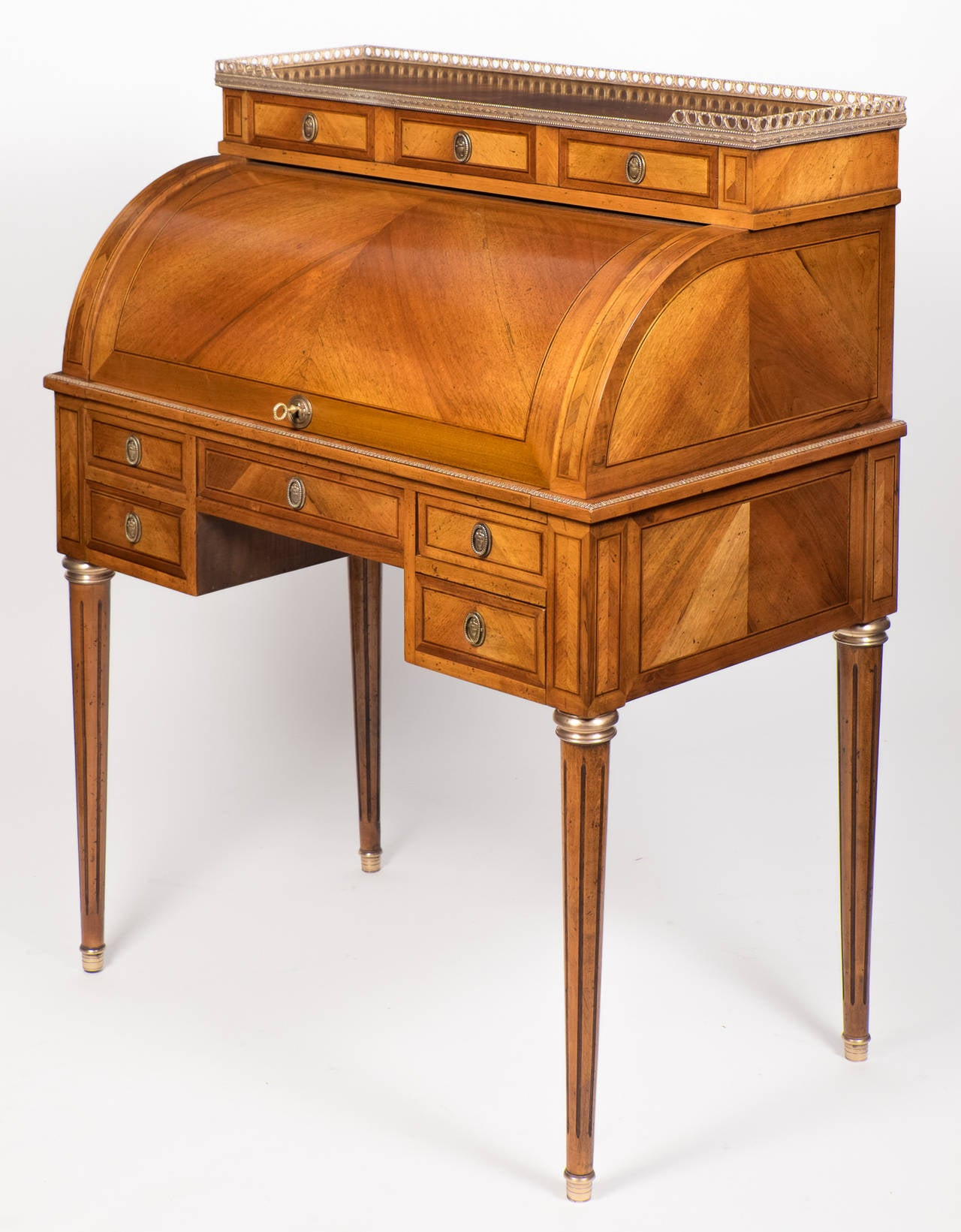 Antique French Louis XVI Cylinder Desk 3 - Antique French Louis XVI Cylinder Desk At 1stdibs
