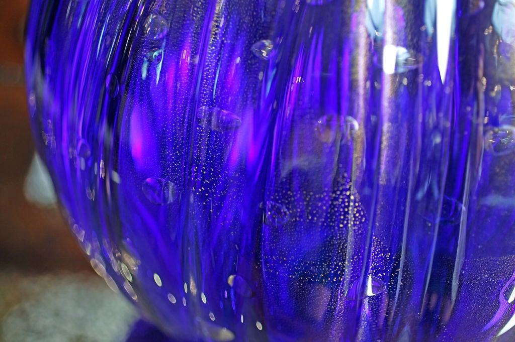 Pair of Vintage Cobalt Blue Murano Glass Lamps For Sale 3