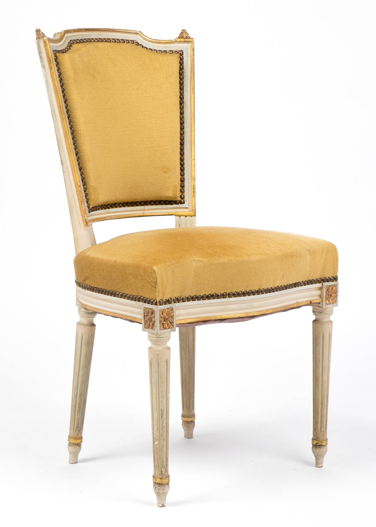 French Louis XVI Set of Six Dining Chairs at 1stdibs : 15C48louisxviyellowvelvetsetofdiningchairsdl from www.1stdibs.com size 1280 x 1792 jpeg 150kB