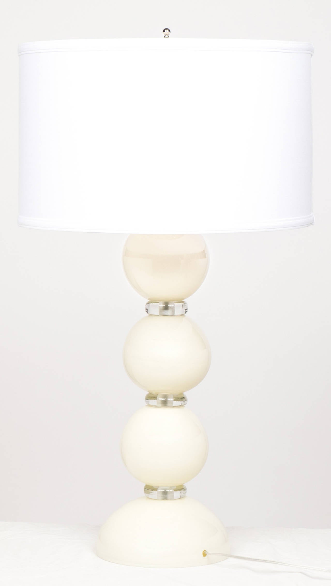 Murano Ivory Glass Pair of Lamps For Sale 3