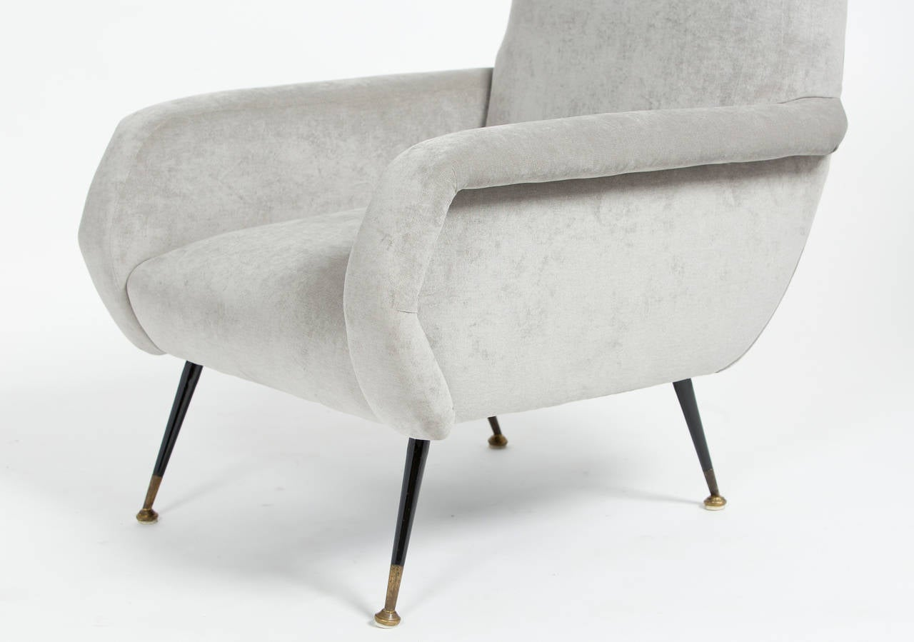 Italian mid century modern pair of armchairs at 1stdibs for Mid century modern armchairs