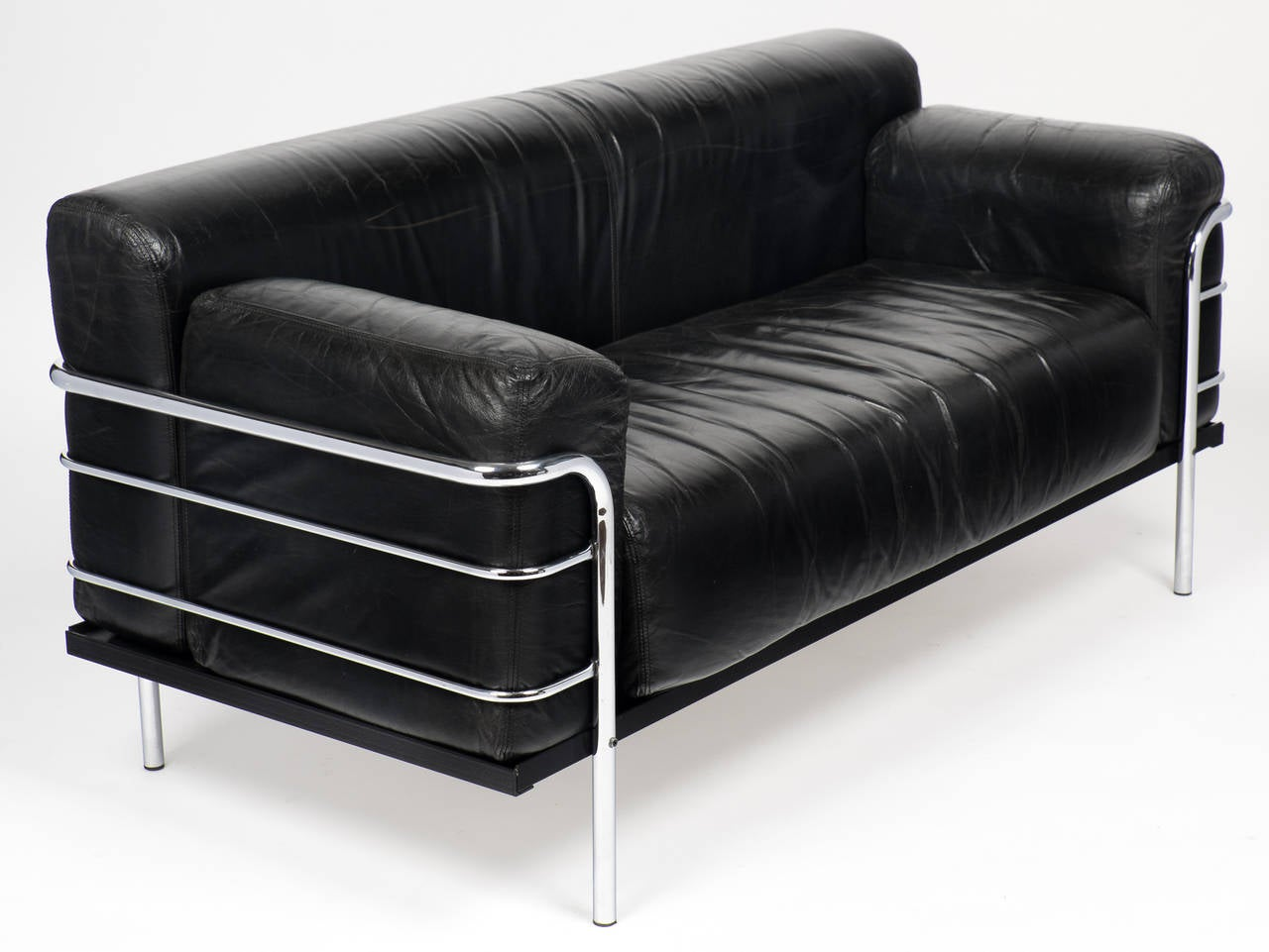 Vintage Le Corbusier Style Leather And Chrome Sofa For