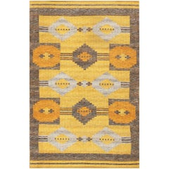 Vintage Double-Sided Swedish Kilim Rug. Size: 5 ft x 7 ft 8 in (1.52 m x 2.34 m)