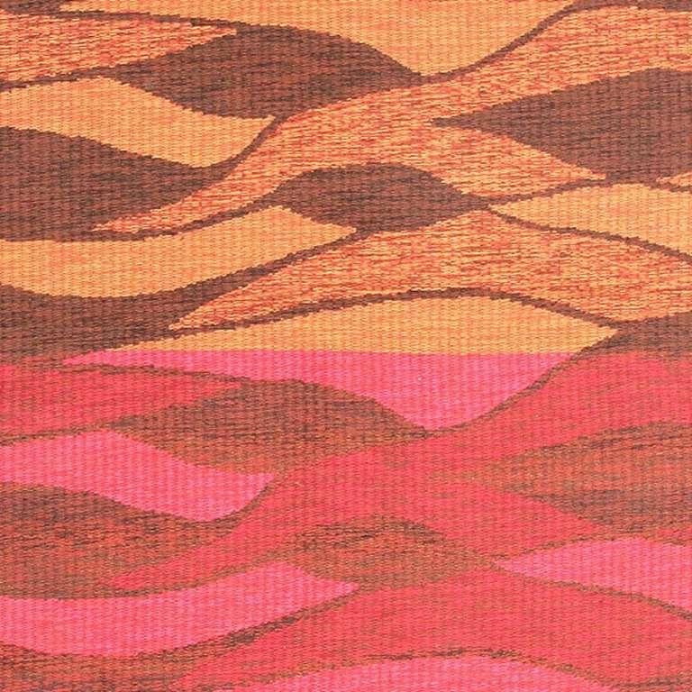 Hand-Woven Vintage Double-Sided Swedish Kilim Carpet. Size: 5 ft x 6 ft (1.52 m x 1.83 m) For Sale