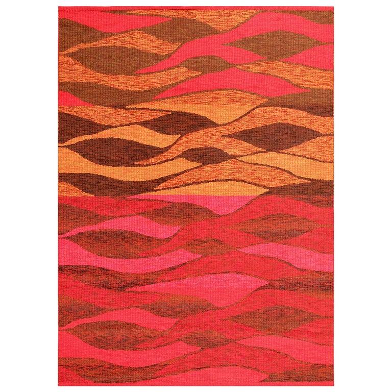 Vintage Double-Sided Swedish Kilim Carpet. Size: 5 ft x 6 ft (1.52 m x 1.83 m) For Sale