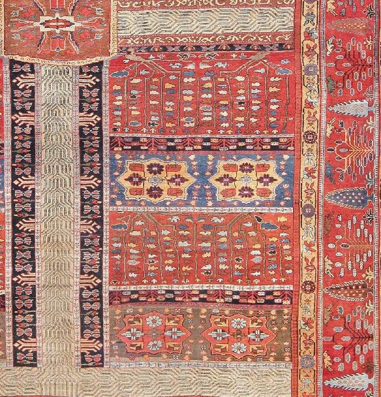 Large Antique Persian Bakshaish Garden Design Carpet In Excellent Condition For Sale In New York, NY