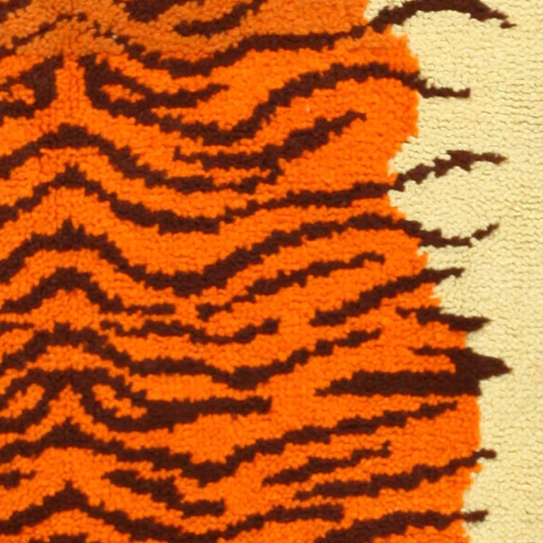 Hand-Knotted Vintage Animal Pelt Design Swedish Rya Rug. Size: 3 ft 2 in x 4 ft 10 in For Sale
