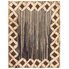 Early American Hooked Rug At 1stdibs