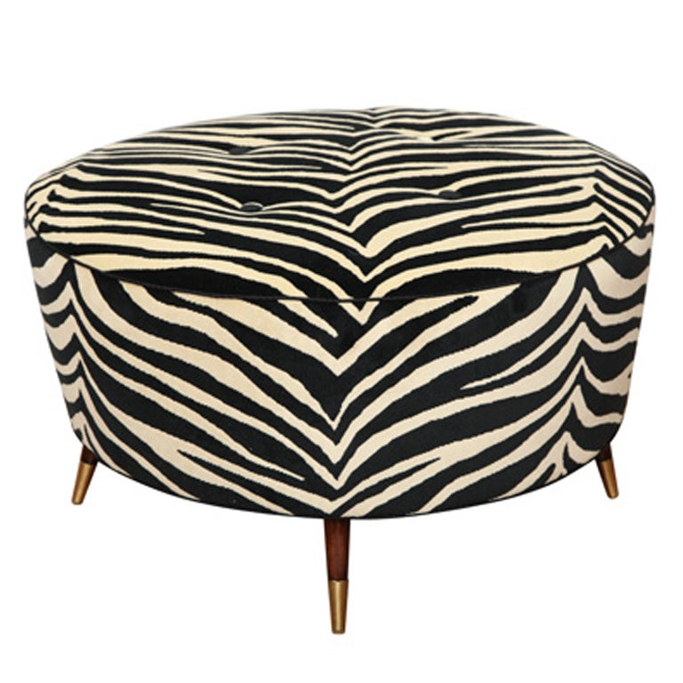 art deco zebra pouf at 1stdibs. Black Bedroom Furniture Sets. Home Design Ideas