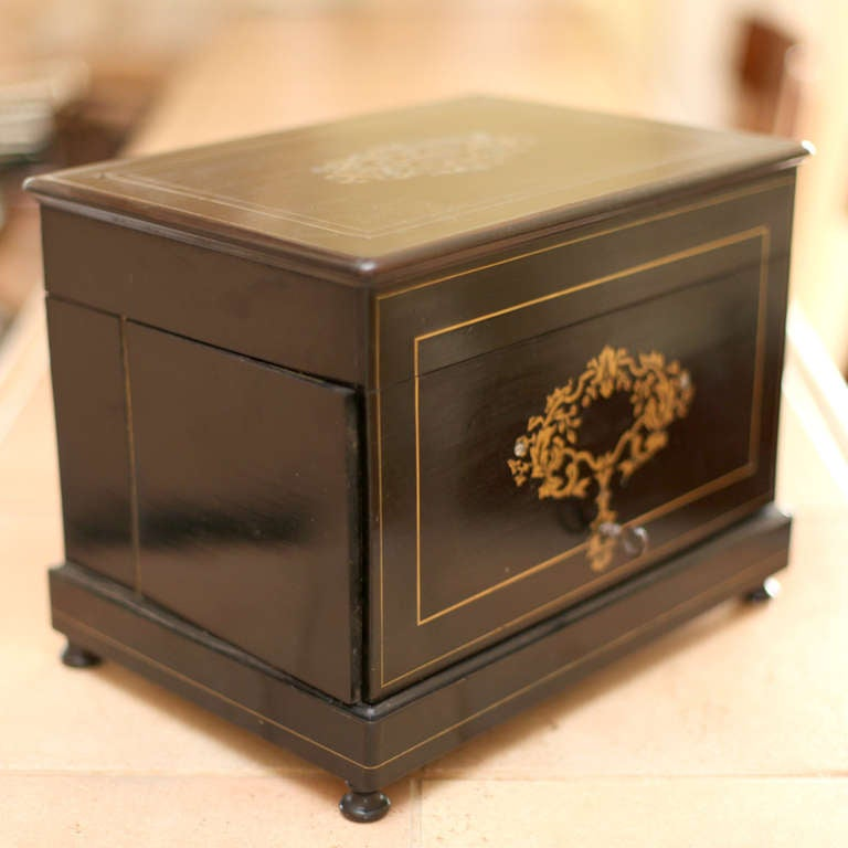 """""""Coffre a Liqueur"""" Napoleon III Port Box For Sale 1"""