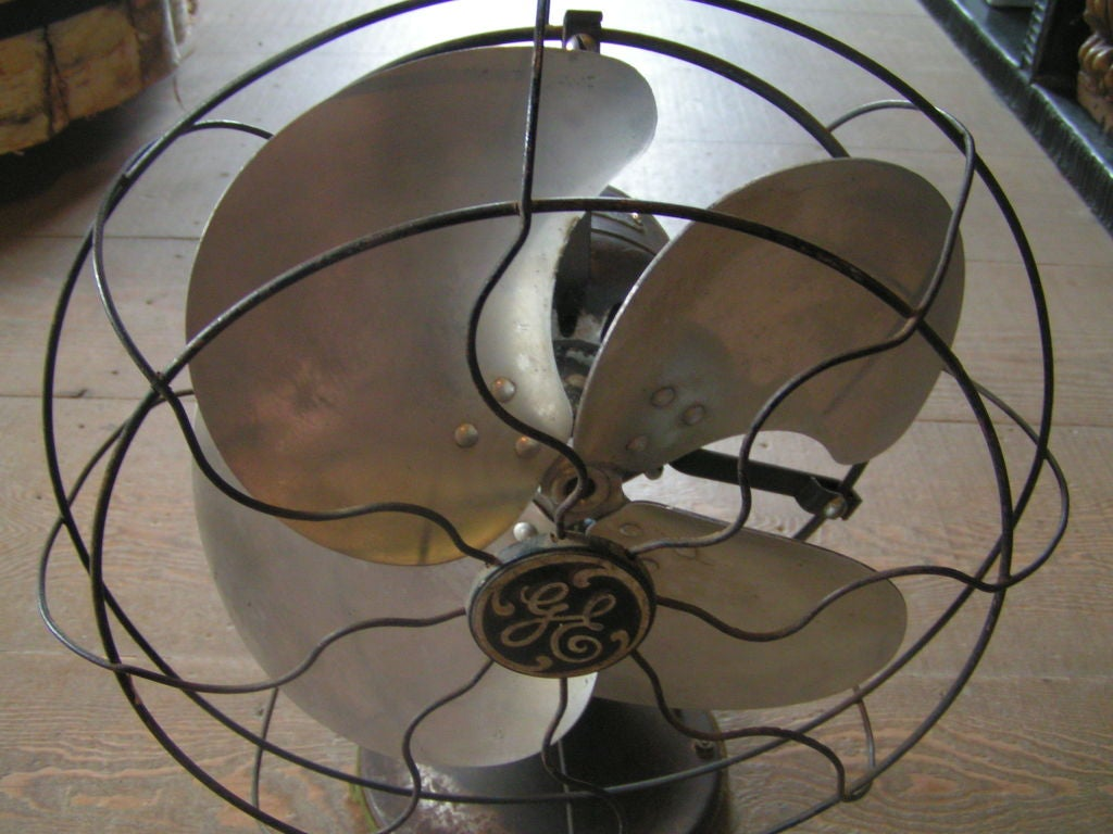 Vintage GE Desk Fan image 4