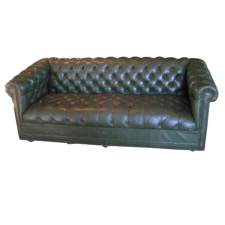 Green Tufted Chesterfield Sofa at 1stdibs : XXX859913231346111 from 1stdibs.com size 768 x 768 jpeg 43kB