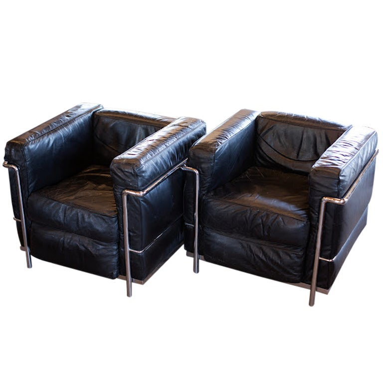 Pair Of Grand Confort Le Corbusier Chairs At 1stdibs