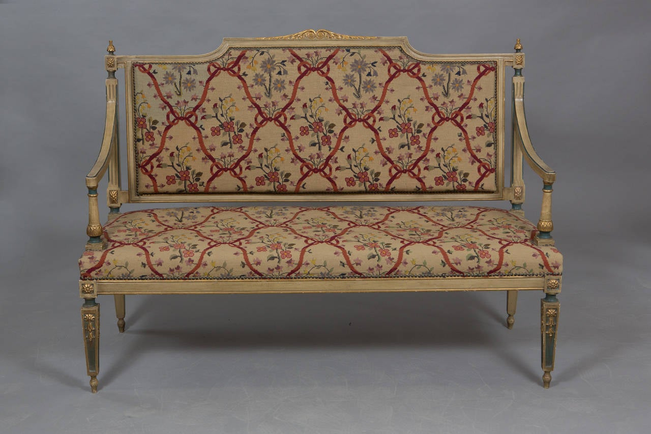 Louis XVI Style Needlepoint Upholstered Settee In Good Condition For Sale In New York, NY